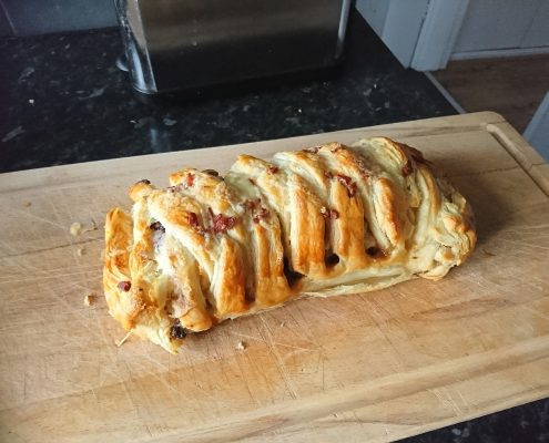 Lincolnshire Sausage Oak Smoked Bacon Davidstow Cheddar Cheese Plait